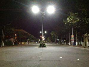 Đèn YNSGL1x120L Hung Vuong Tx. Sadec Về Đêm