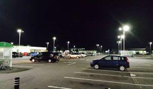 Đèn-LED-Bãi-đỗ-xe