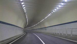 Đèn-LED-chiếu-sáng-đường-hầm